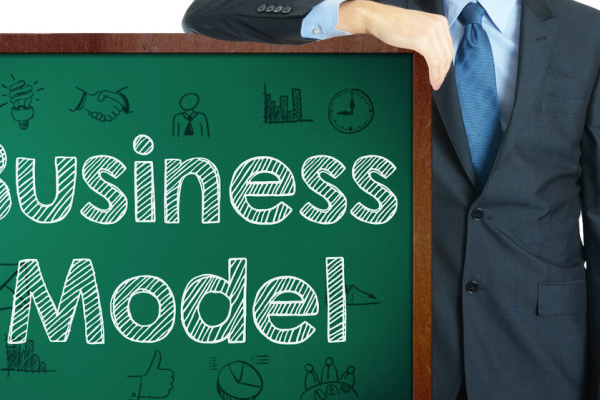 HOU UW BUSINESS MODEL ACTUEEL